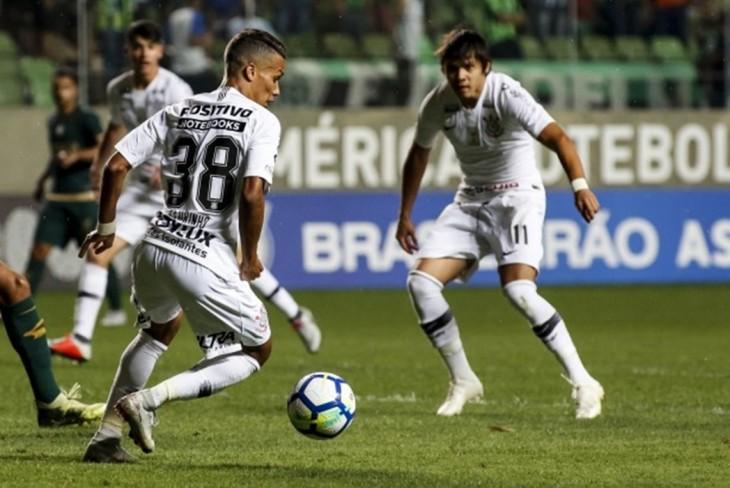 Tem Na Web - Dois importantes jogadores negociam saída do Corinthians em 2019